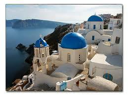 islas-griegas.jpg.<strong>Charter por las islas griegas.&#8221;</strong> alt=&#8221;&#8221; width=&#8221;259&#8243; height=&#8221;194&#8243; /></a>El <strong>alquiler barcos</strong> o <strong>charter náutico</strong> es una buena opción.</p> <p>Las<strong> islas griegas</strong>, con 1.300.000 habitantes, se dividen en varios archipiélagos: Cycladas, Dodecaneso, Jónicas, Espóradas, islas del Norte del Egeo y las del Golfo Sarónico.<br /> Las<strong> islas griegas</strong> constituyen en total un hermoso mosaico de más de 2.000 islas, de las que sólo unas 200 están habitadas.<br /> <strong>Isla griega</strong>, significa un paraíso para el viajero que desea vivir la esencia de la civilización occidental.<br /> Cultura, arte, costumbres, se entremezclan con un paisaje inolvidable de aguas cristalinas y azules infinitos que perduran en la memoria de quien se acerca a conocerlas.<br /> Todas ellas y cada<strong> isla griega</strong>, con su peculiar arquitectura, su mitología y su amable hospitalidad. Cada isla un sueño, o mejor, un deseo hecho realidad.</p> <div class=