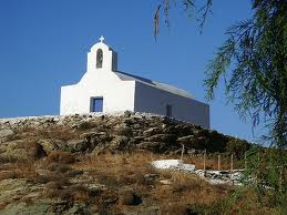 Iglesias de las Islas Cícladas. Navegando en velero.