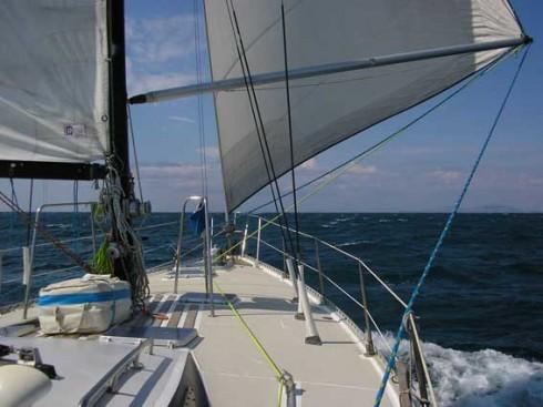 Navegando en Grecia con velero.