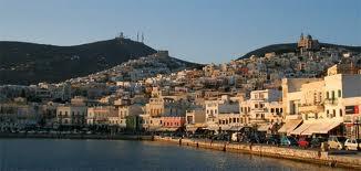syros.jpg.Navegar por el Egeo en velero: Syros