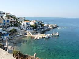 ikaria.jpg.Grecia y sus islas : Ikaria, en el Egeo.