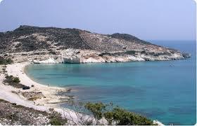 Kimolos.jpg.Las islas griegas del Egeo en barco: Kimólos