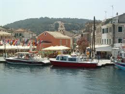paxos.jpg.Alquiler del barco en en Corfú y navegar hasta Paxos.