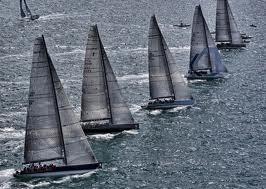regata.jpg.Maniobras con los barcos: virada en redondo.