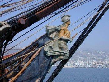 Mascaron_de_proa09-04-2010.jpg.La presencia de la mujer en los barcos