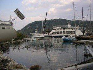 P1010328vliho3.jpg.Grecia en velero. Del Egeo al Jónico