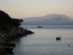 P1010137.jpg.Historias de Grecia. El pescador en el pueblo III
